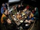 Gemeinsames Nachtessen (Foto: Emile Ducke)