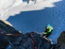 Faith Dickey beim Abseilen vom Gipfel der Chandelle
